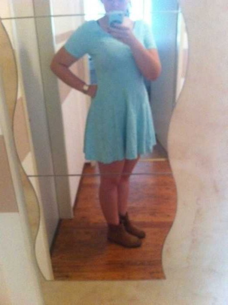 mintfarbenes kleid h m 36. Black Bedroom Furniture Sets. Home Design Ideas