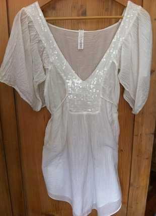 9edcb83f91f20d Weiße Bluse von Please, leicht transparent, Pailletten, Tunika ...