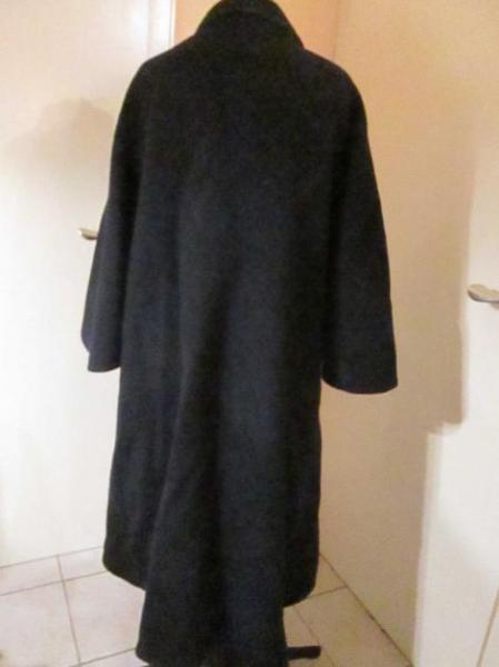 loden cape poncho mantel v loden frey. Black Bedroom Furniture Sets. Home Design Ideas