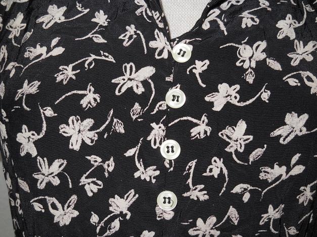 438b251fa5d7f9 ... Laura Ashley Kleid lang kurzarm Streumblumen schwarz nude Gr. 34 XS  vintage ...