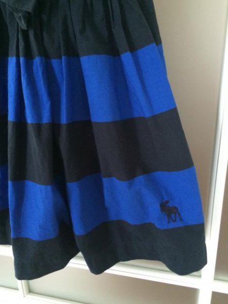 Kleid blau schwarz grund