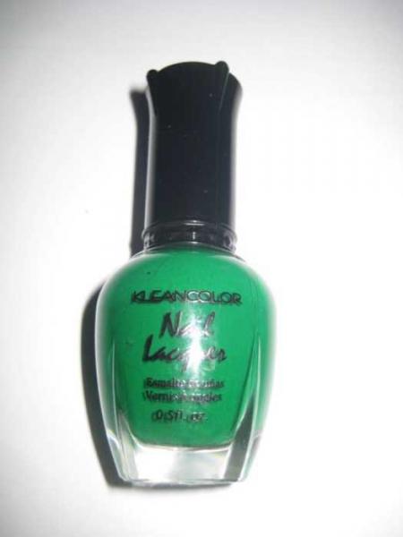 kleancolor nagellack in der farbe grass green gr n. Black Bedroom Furniture Sets. Home Design Ideas