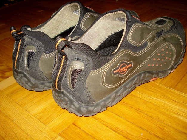 Entwickeln Sie Ihren Stil: Schuhe memphis one