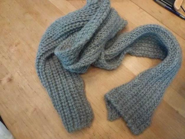 3ed4cc2d09af2a Dicker, grauer Schal von GANT perfekt für den Winter :: Kleiderkorb.de