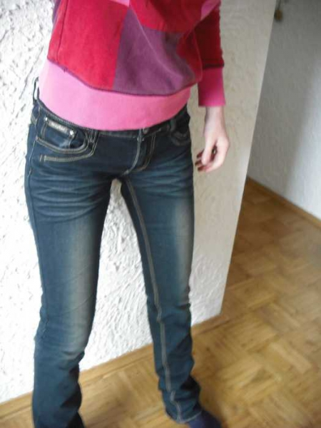 b83dc1079f4732 Rose player - Hose für Damen größe 38    Kleiderkorb.de