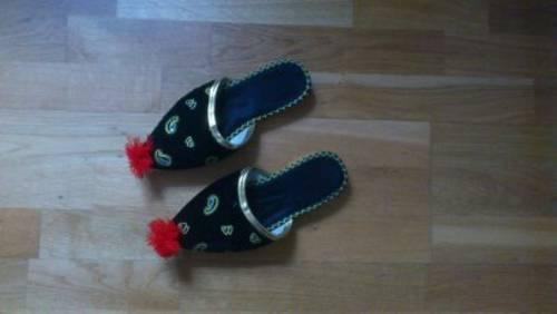 sports shoes 0002f c1522 KLEINE MUCK SCHUHE MIT BOMMEL GRÖßE 39 NUR 5,00 EURO !!!!