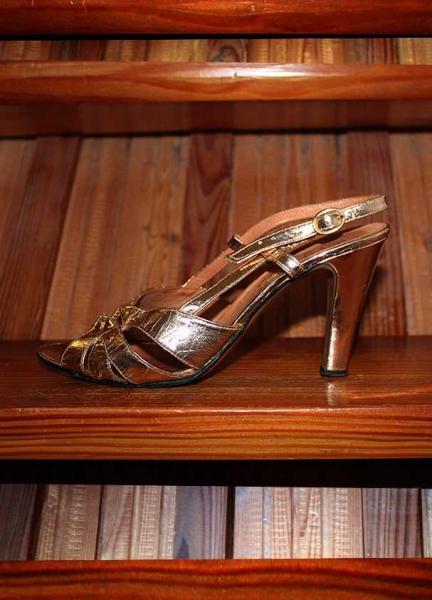 Bugatti high heels Kleiderkreisel