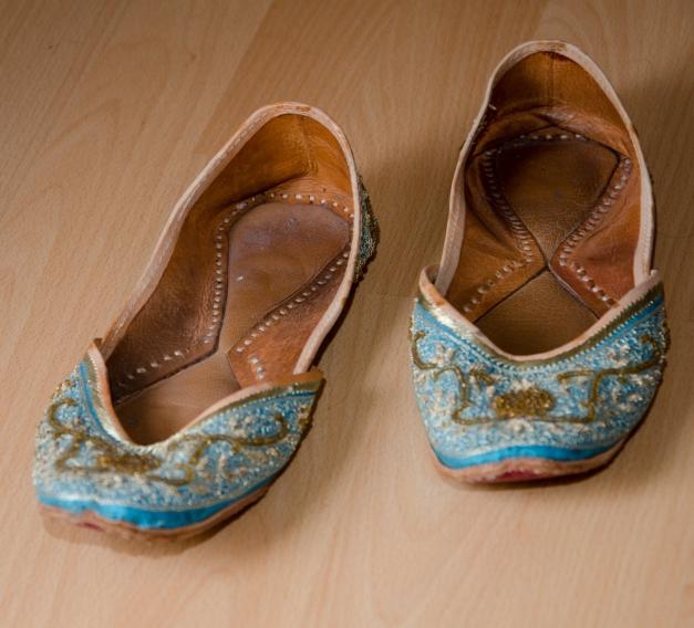 Orientalische Schuhe Schlappen Leder 40 blau gold