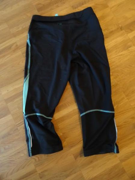 Lieblings eng anliegende 3/4 Sporthose Damen :: Kleiderkorb.de #WO_54