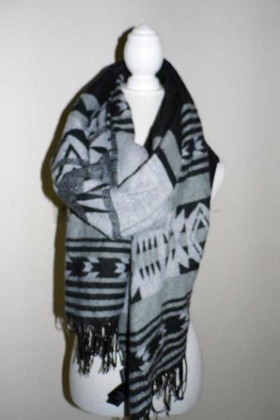 ab6c39068a03ae H&M XL Schal schwarz/ grau :: Kleiderkorb.de