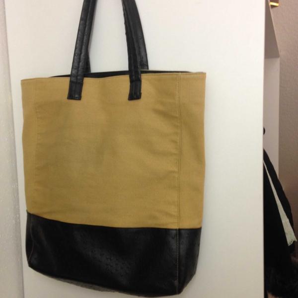 große geräumige Tasche für Schule, UNI oder unterwegs