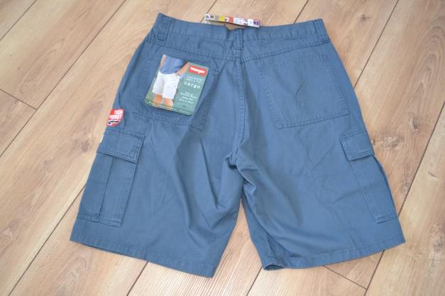 blaue wrangler cargo herren shorts w 32 neu. Black Bedroom Furniture Sets. Home Design Ideas