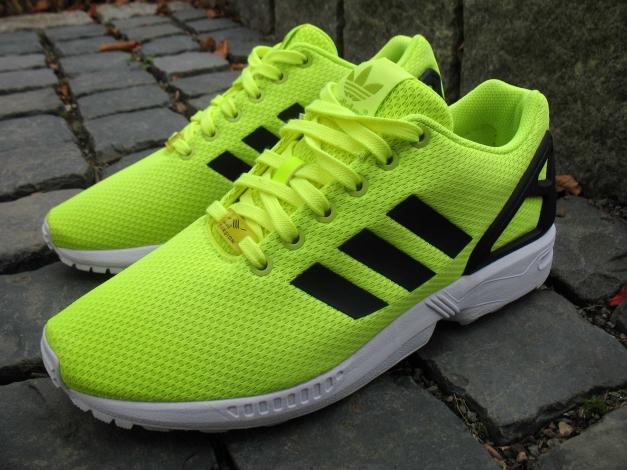 Adidas ZX Flux Neon Gelb 42 Torsion wie NEU Solar Yellow