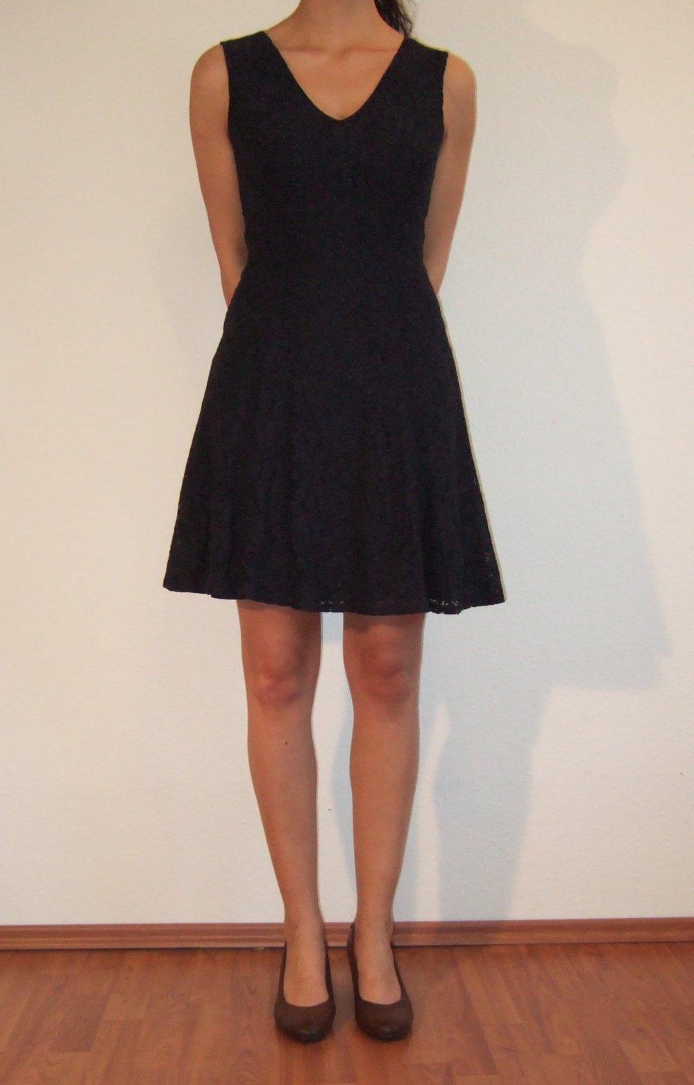 dunkelblaues Kleid aus Spitze, Esprit :: Kleiderkorb.de