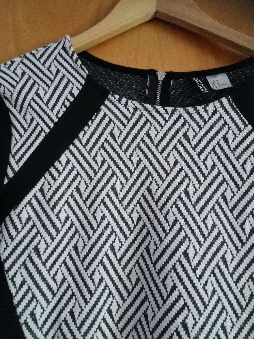 H&M - schickes Kleid schwarz weiß :: Kleiderkorb.de