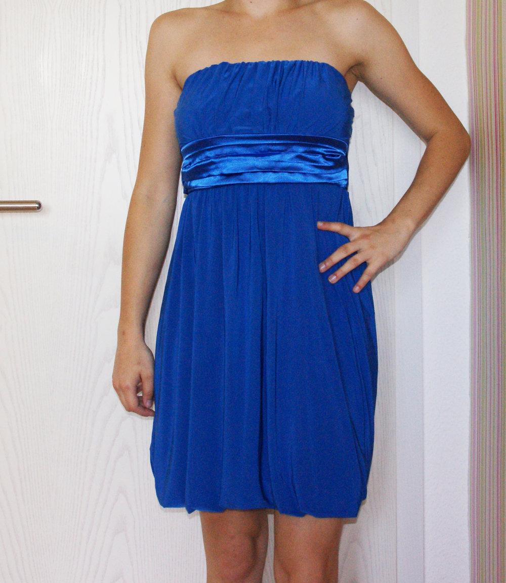Blaues Kleid mit Schleife, Hochzeit, Abiball, Zeugnisvergebe