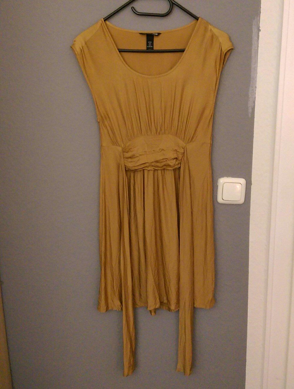 goldenes Kleid von H&M