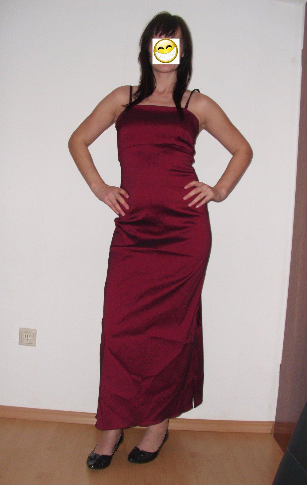 Festliches Kleid Bordeaux Rot Glanzend Kleiderkorb De