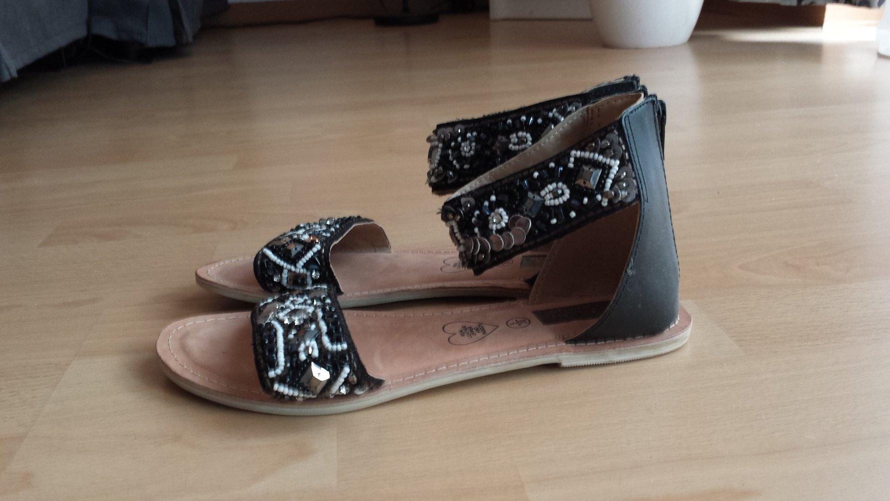 primark sandalen in schwarz glitzer strass neu gr 38. Black Bedroom Furniture Sets. Home Design Ideas