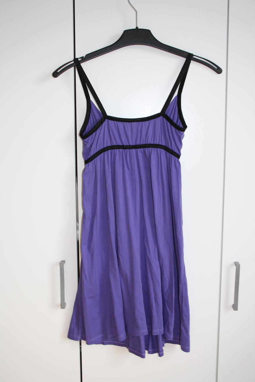 * kleid h&m lila schwarz :: kleiderkorb.de