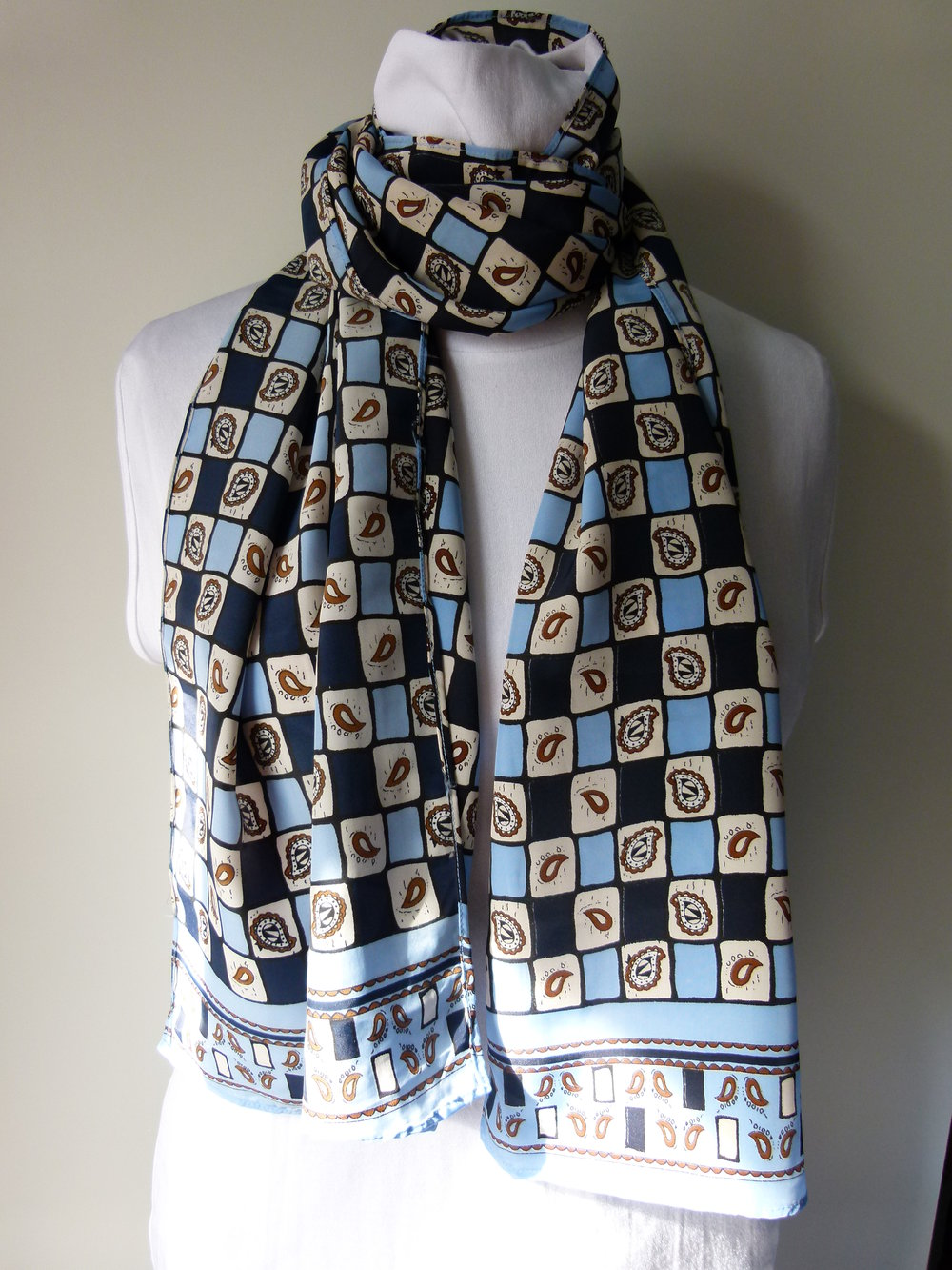 4b4d07191c5b8a Sommer Schal Halstuch, dunkelblau hellblau creme, Schachbrett Paisley-Muster,  Retro Boho Vintage ...