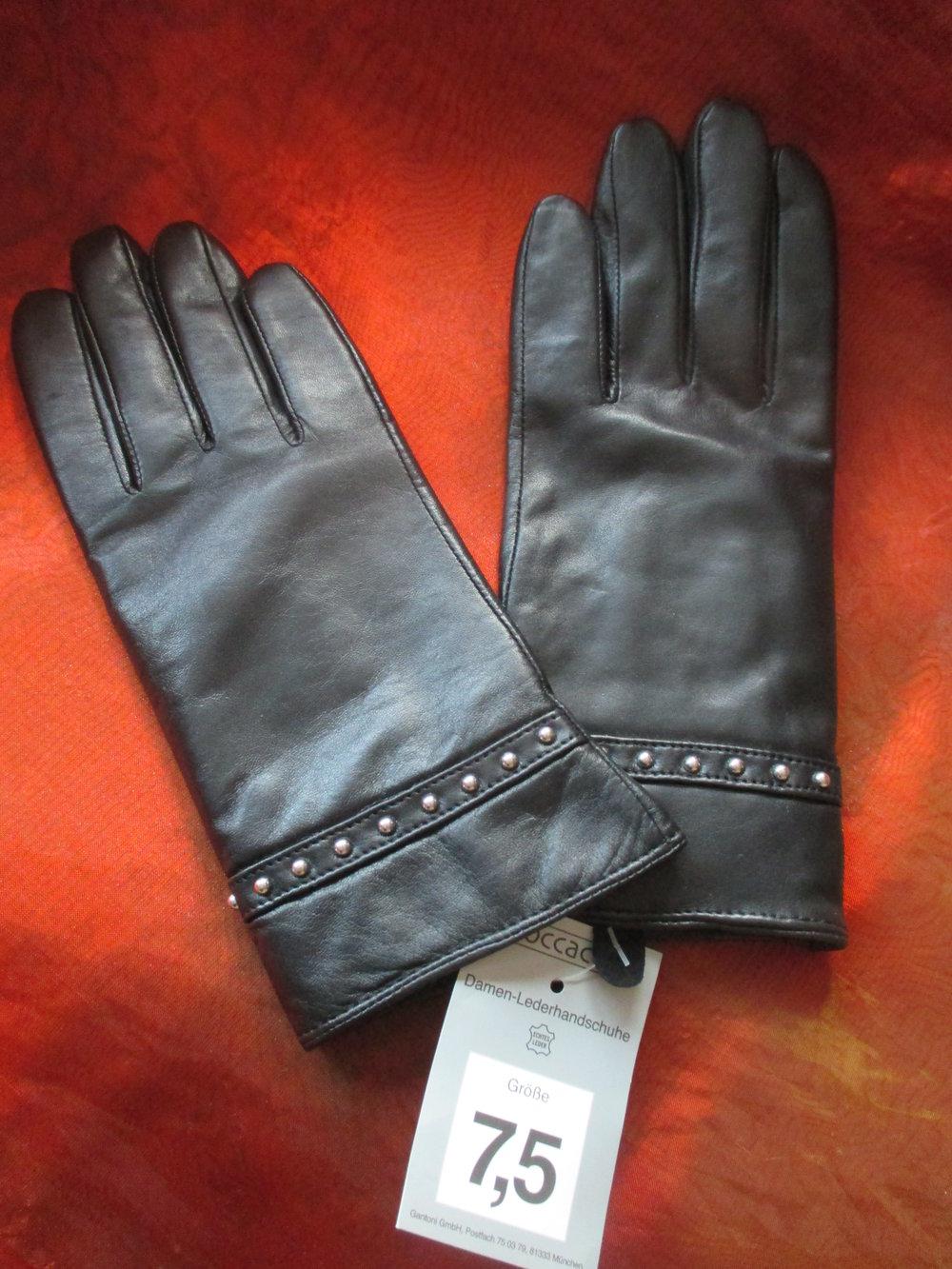 NEU mit ETIKETT DESIGNER Echt Lamm Napa Leder Nieten Finger Handschuhe Fingerhandschuhe Lederhandschuhe Fake Fur Futter Grösse 7,5 schwarz silber