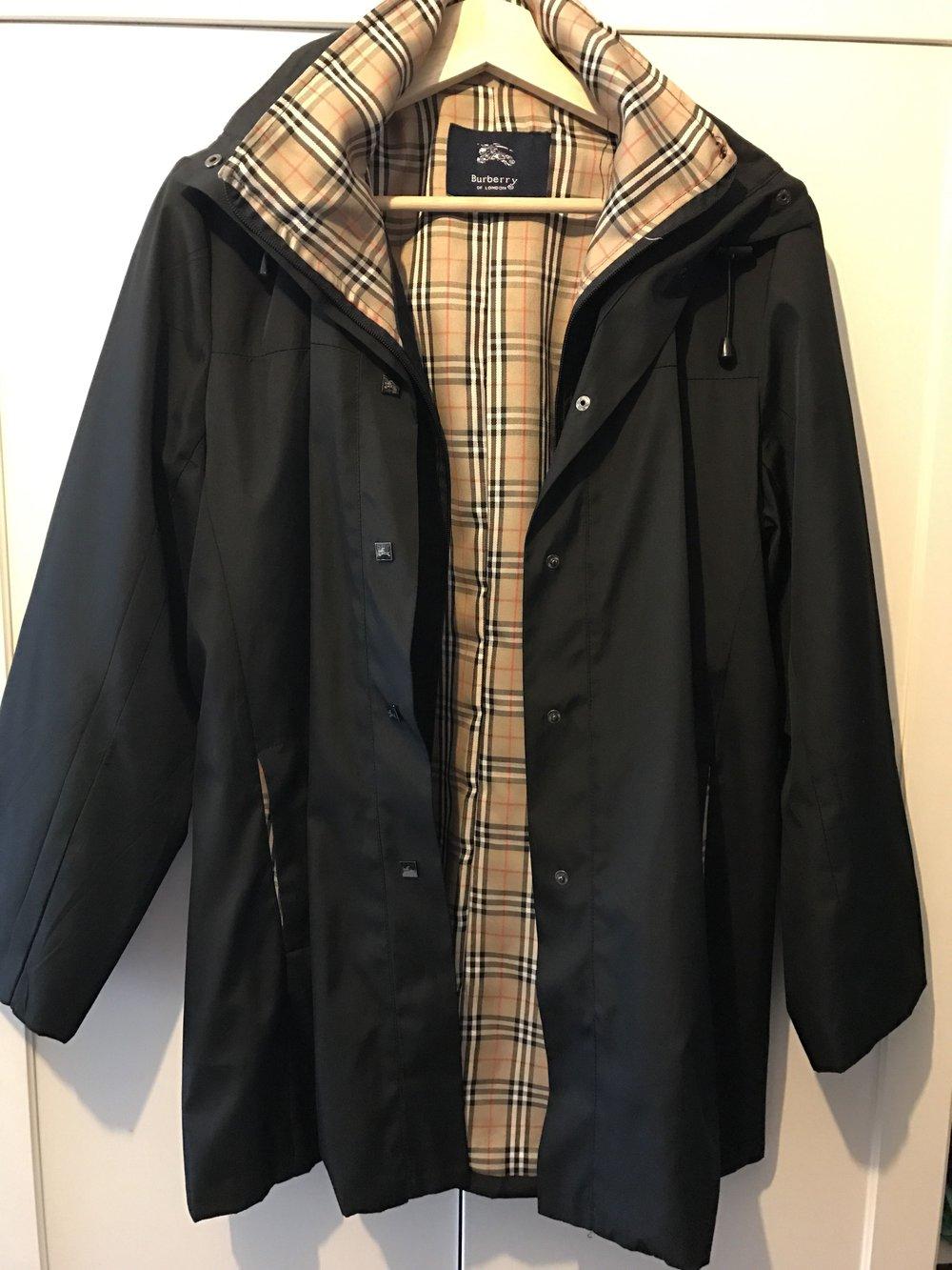 schön billig Freiraum suchen vielfältig Stile Burberry Jacke in schwarz