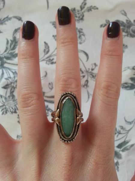 unikat ring mit gro em blauen stein handgemacht. Black Bedroom Furniture Sets. Home Design Ideas