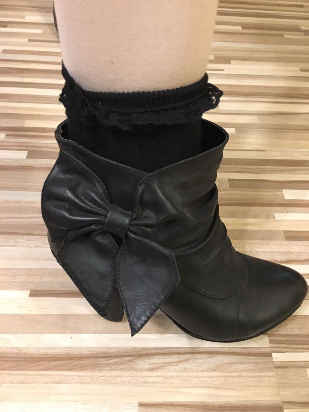 Schwarze Stiefel Stiefeletten Lolita Schleife