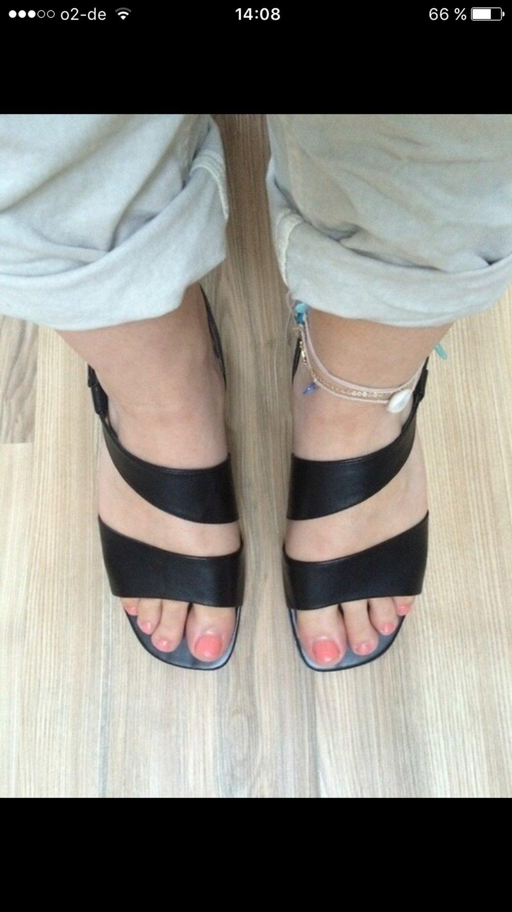 Linea due schwarze elegante damen sandalen neu - Schwarze jeansjacke damen ...