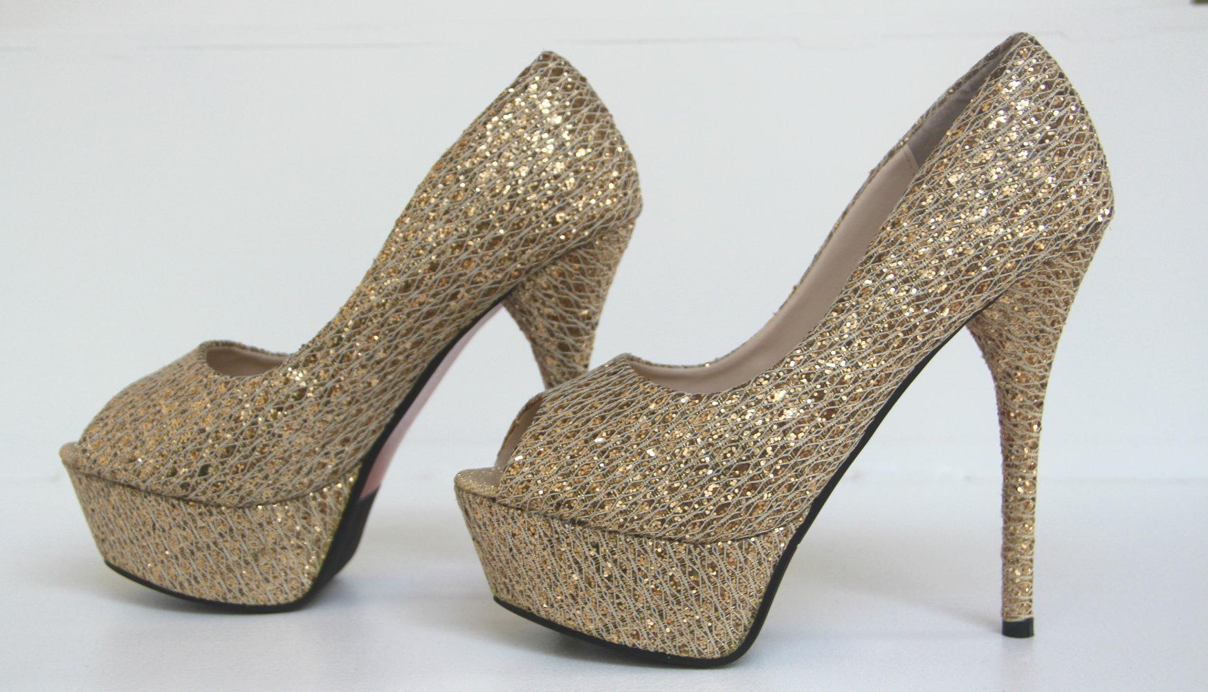 goldene glitzer plateau high heels prinzessin trend. Black Bedroom Furniture Sets. Home Design Ideas