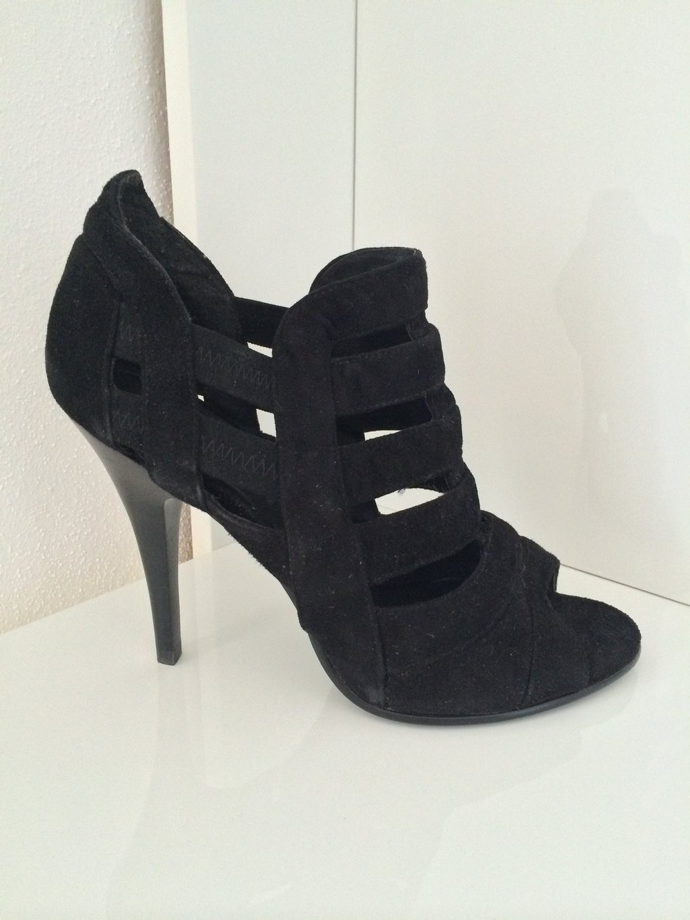 Damen Leder Hochfront Pumps von 5th Avenue in schwarz