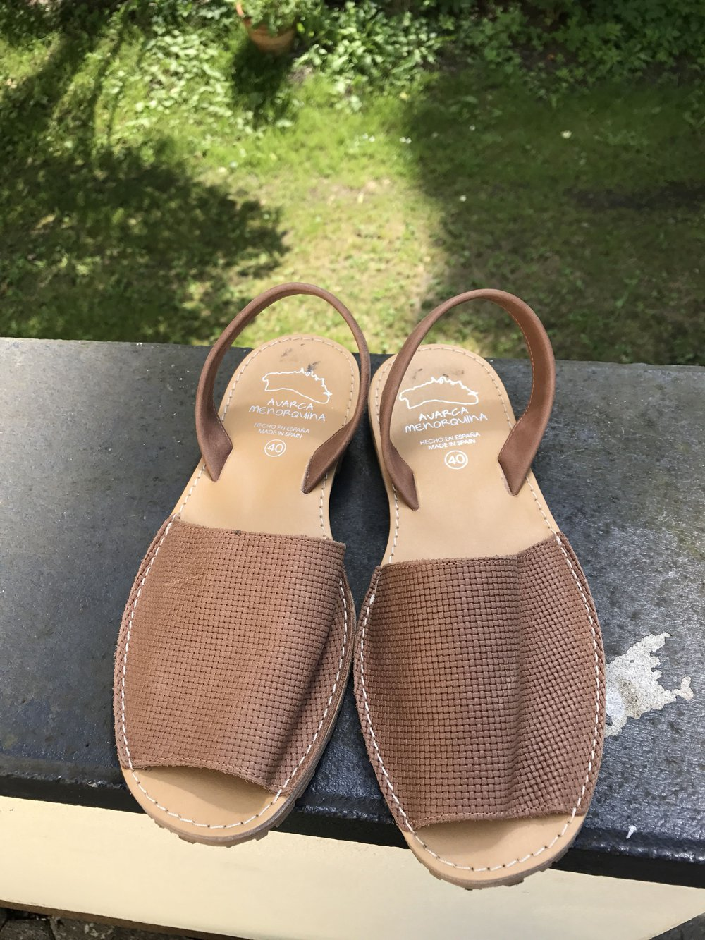 263e3d541e4b46 Spanische Sandalen aus Leder    Kleiderkorb.de