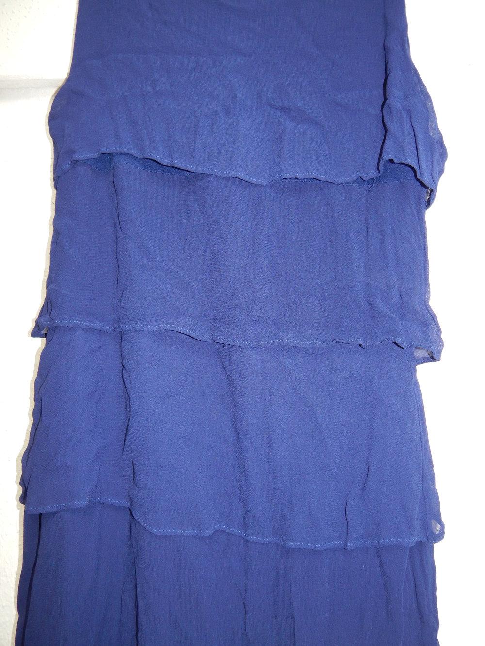 royalblaues, blaues Volantkleid, Kleid, Volants, dunkelblau, Zara, L ...