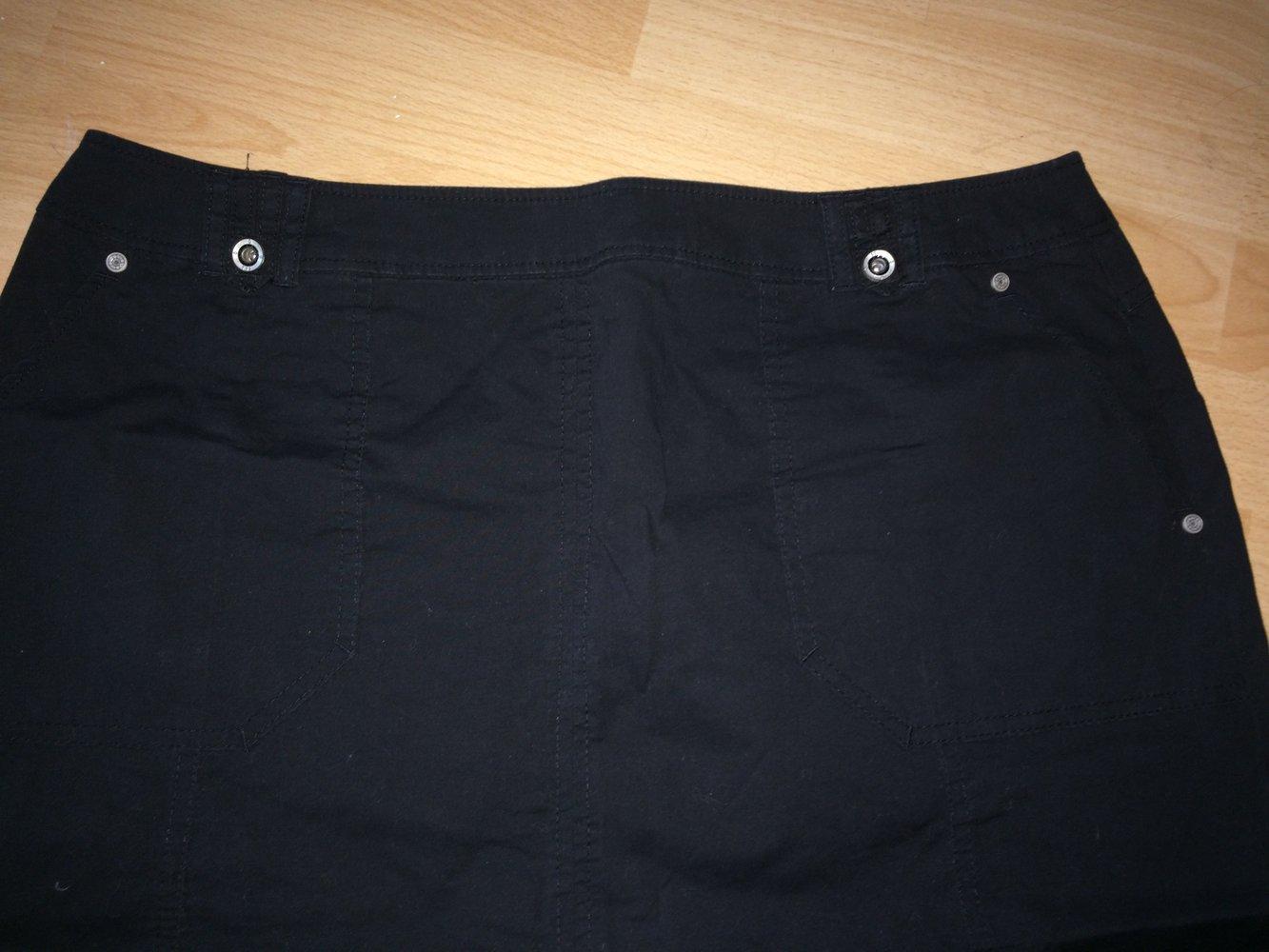 f914af2e5579 C A Rock, schöner Damenrock, schwarz, in Gr. 46    Kleiderkorb.de
