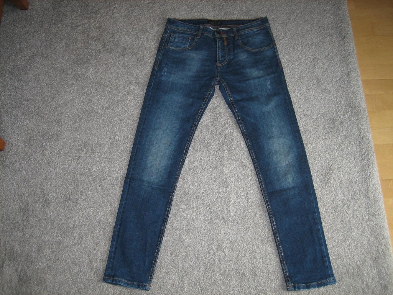 5b6e17abc70e schmale Form Superlässige, neuwertige Jeans Gr. 48 (s. Bemaßung!), schmale  Form .
