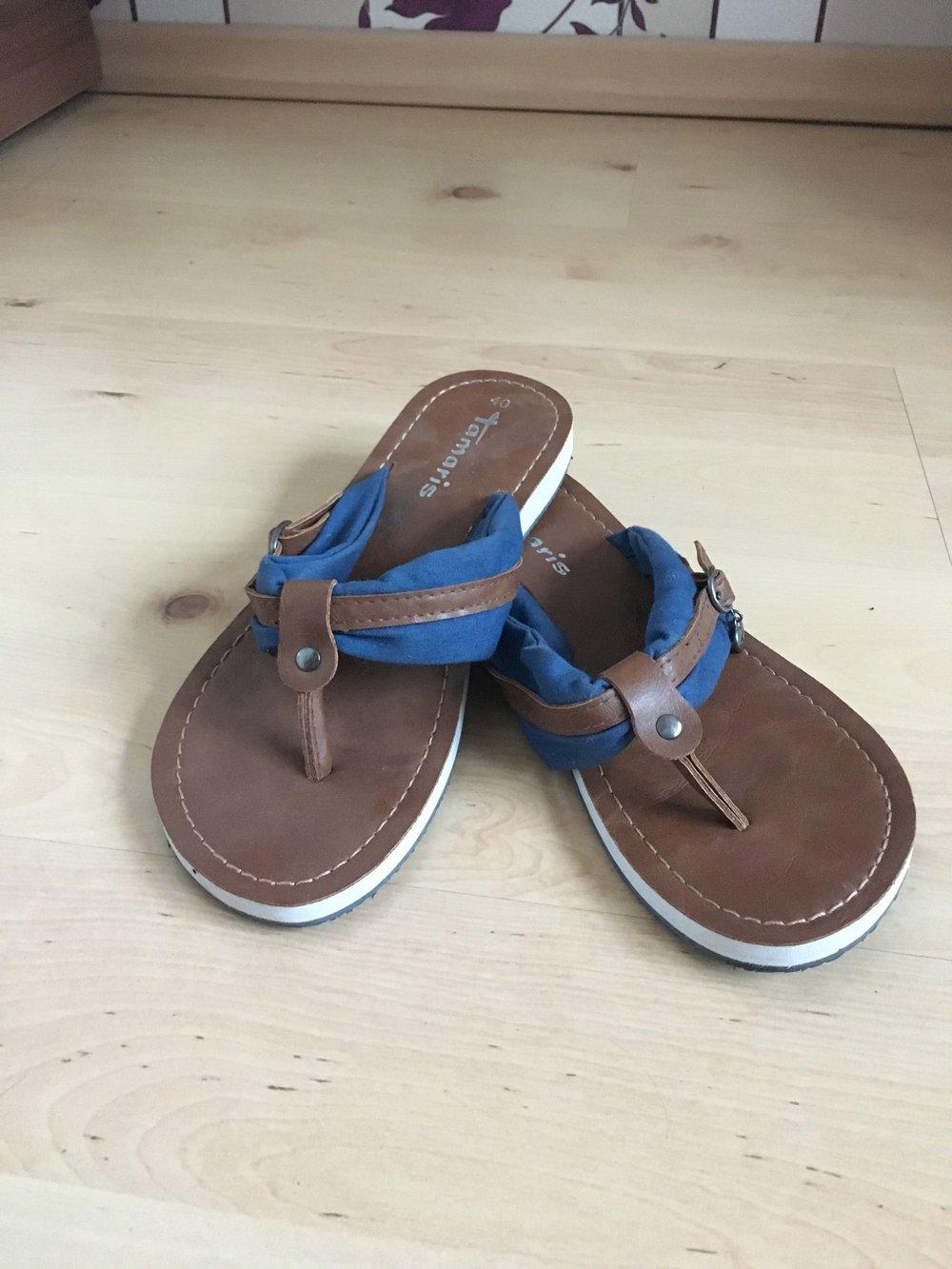 d2e5e11325774c Schuhe Neu Zehentrenner Tamaris Mit Braune Wie Details Blauen 608x8
