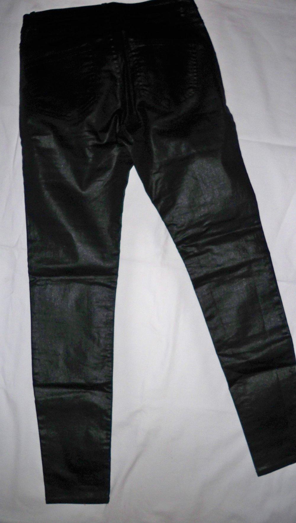 günstig authentische Qualität Räumungspreis genießen Tolle glänzende schwarze Jeans !