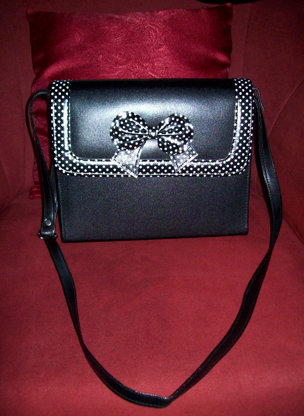 wunderschöne süße retro Vintage Handtasche 50s Polka Dot Punkte Schwarz Weiß Schleife Umhängetasche