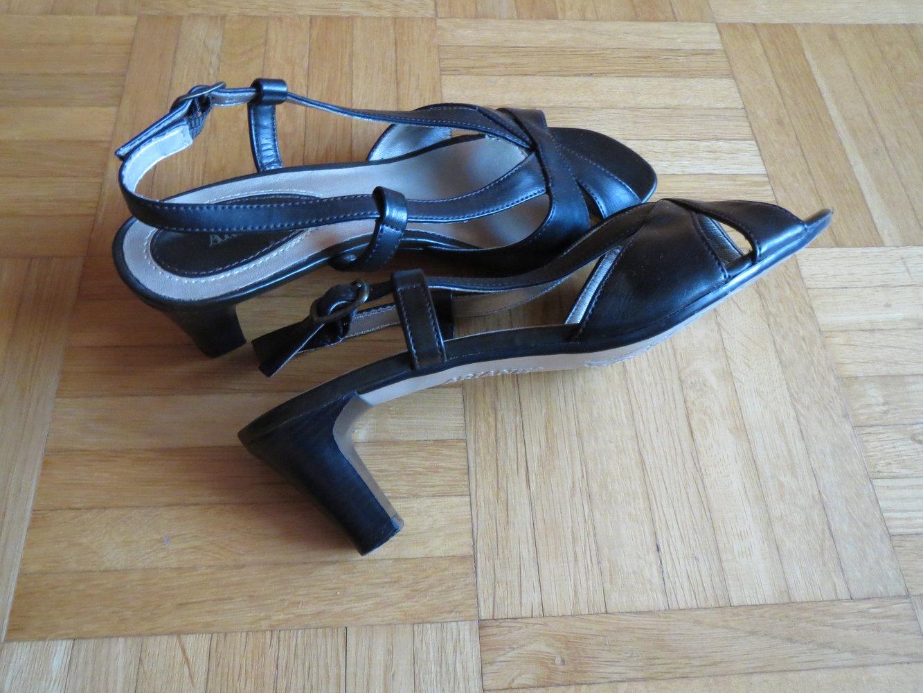 ariane sandalen schwarz. Black Bedroom Furniture Sets. Home Design Ideas