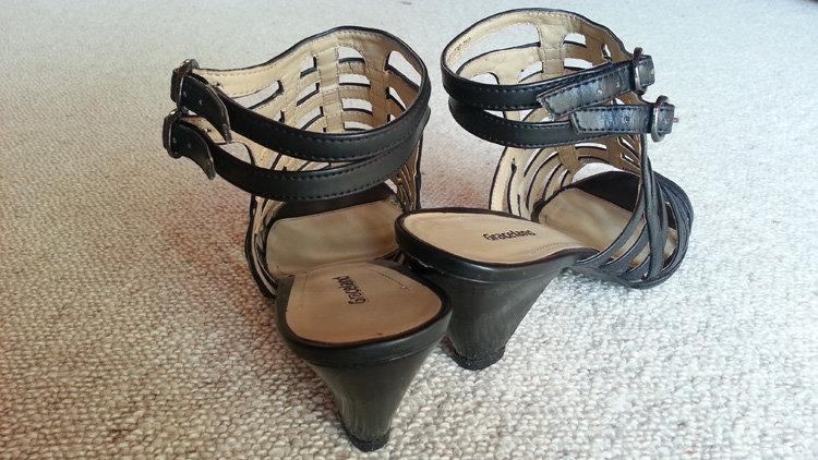 graceland riemchen sandaletten kunstleder schwarz mit. Black Bedroom Furniture Sets. Home Design Ideas