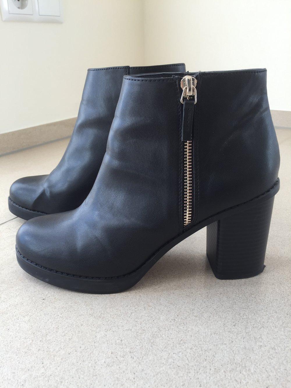 pull bear schwarze elegante ankle boots. Black Bedroom Furniture Sets. Home Design Ideas