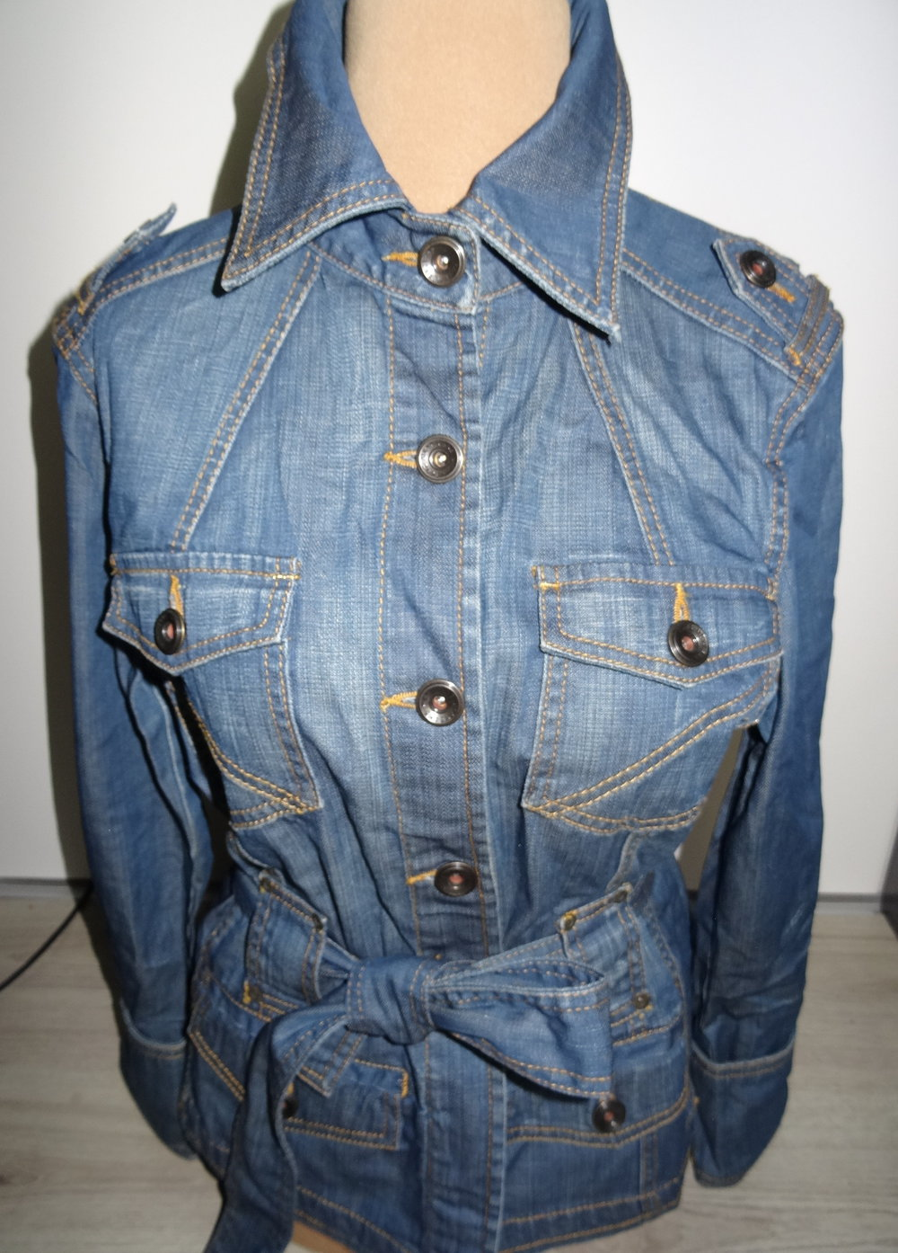 mexx jeansjacke jacke damen 44 blau. Black Bedroom Furniture Sets. Home Design Ideas