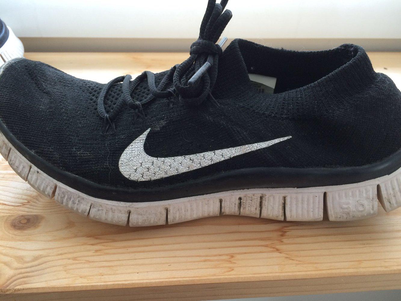 Nike Frees 5.0 mit Gummizug am Knöchel