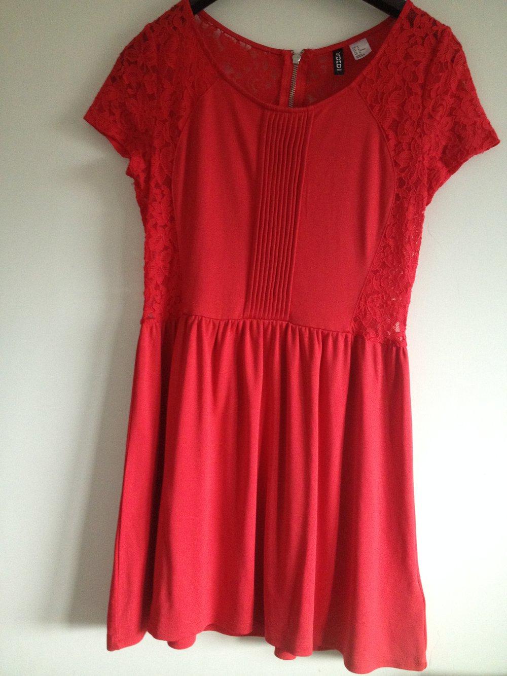 Von Kleid H Divided Rotes Mit amp;m Schönes Größe M Spitze nON80wkPX