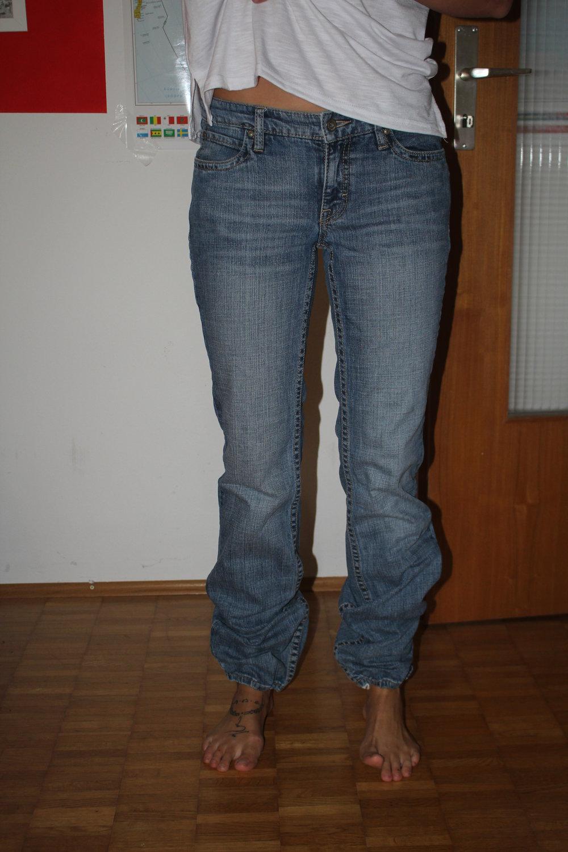 esprit jeans mit gummizug an den f en. Black Bedroom Furniture Sets. Home Design Ideas