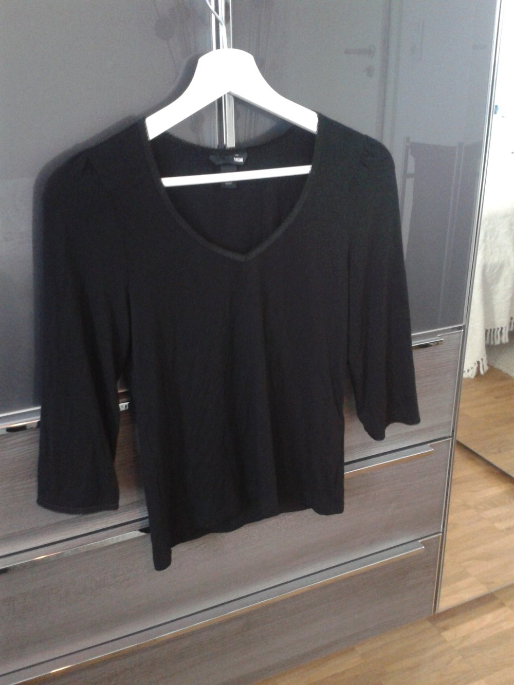 schwarzes shirt mit 3 4 arm und spitze von h m gr. Black Bedroom Furniture Sets. Home Design Ideas