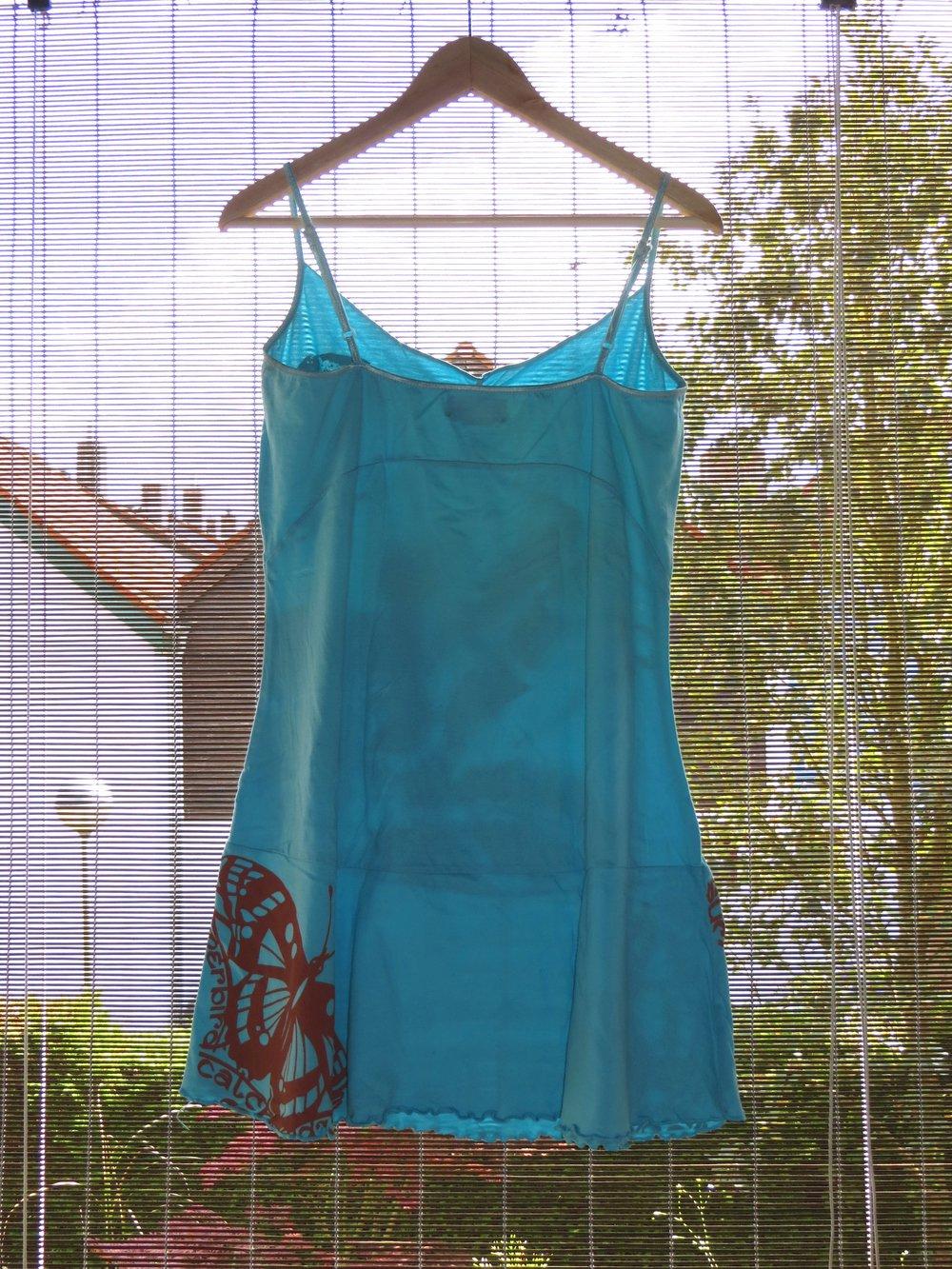 bpx 86 hellblaues strandkleid kleid f r den sommer mit print bedruckt schmetterling bunt. Black Bedroom Furniture Sets. Home Design Ideas