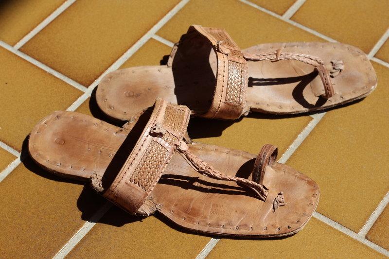 new york 9b3f8 523ae Jesuslatschen Latschen Sandalen Hippie Goa Vintage Classic Unisex  Handgemacht aus Indien 100% Leder