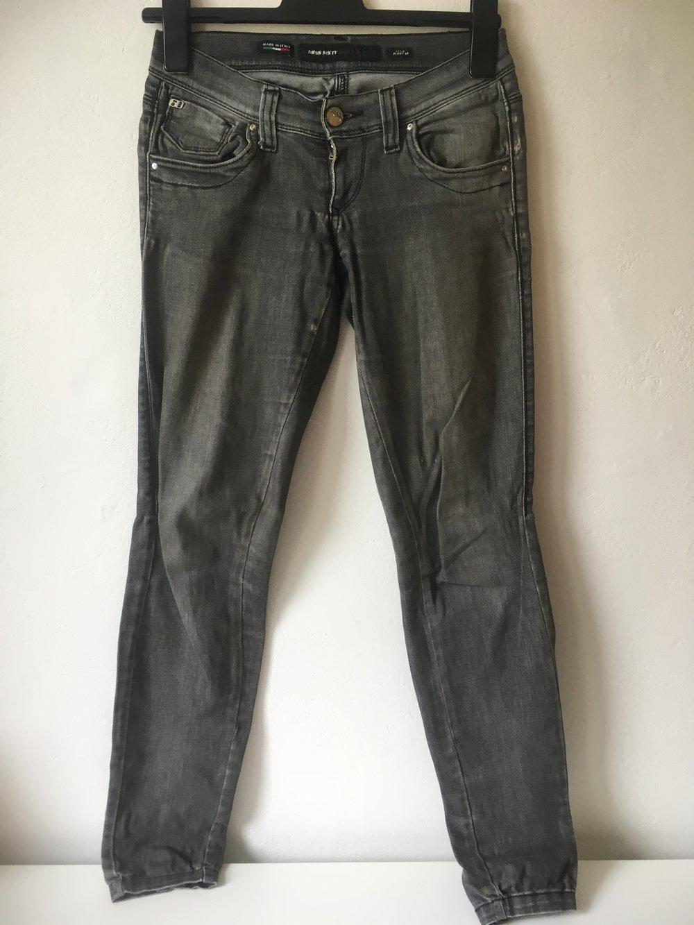 ... Miss Sixty Jeans Judy M Grau Gr.27 DENIM Straight Distressed Used Look . 73090cda94